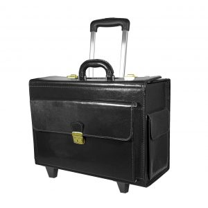 Cestovný kufor č.8174 s mechanikou v čiernej farbe.